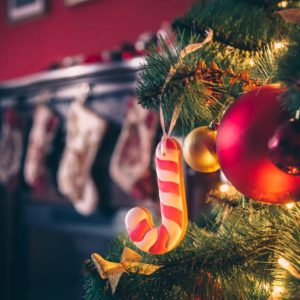 5 Fun Ways to Create Your Holiday Paradise at Home