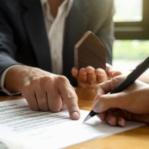 5 Situations that Require a Real Estate Lawyer